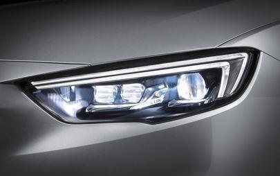 Nova geração Opel Corsa vai ter faróis IntelliLux de matriz de LED