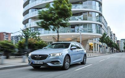 Opel entrega o Insignia nº 1.111.111