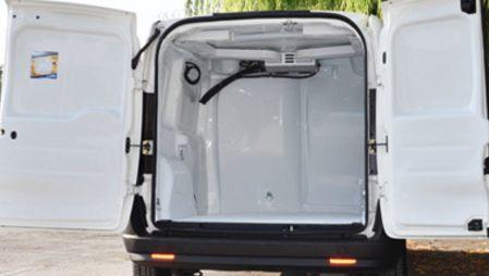 Opel Combo - Transporte de medicamentos          1         2  Enlarge  Transporte de medicamentos